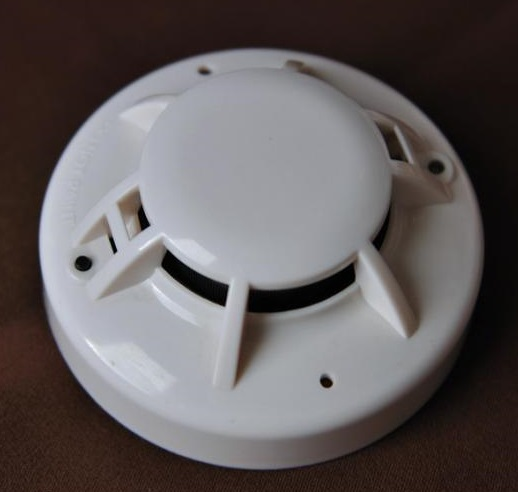 Smoke Detector 4-wire with relay output DC powered